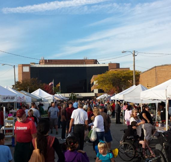 South Milwaukee Downtown Market Crowd